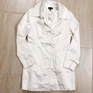 Bebe Bow Lined Trench Coat NWT White M